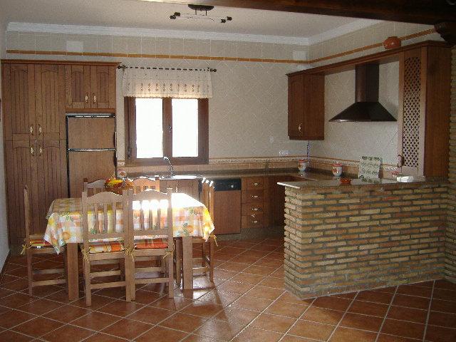 Cocinas rusticas con barra stunning cocina rstica - Decorar bodega chalet ...
